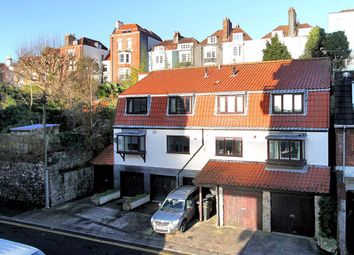 2 bed flat for sale in Dove Street, Kingsdown, Bristol BS2