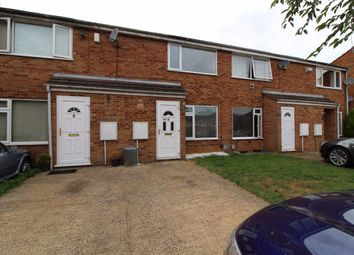 2 bed property to rent in Lowlands Close, Northampton NN3