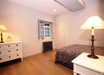 Thumbnail 3 bedroom property to rent in Addison Road, Holland Park