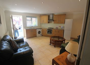 Thumbnail 1 bed flat to rent in Huxley Place, Palmers Green