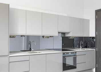 2 bed flat for sale in Lordship Park, London N16