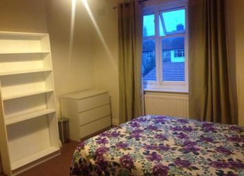 Thumbnail 6 bed shared accommodation to rent in Syon Lane, Osterley