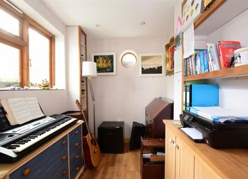 2 bed terraced house for sale in Scotland Street, Brighton, East Sussex BN2