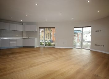 Thumbnail 2 bedroom flat to rent in East Barnet Road, New Barnet