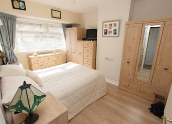 Thumbnail 3 bed terraced house for sale in Grosvenor Crescent, Dartford, Kent