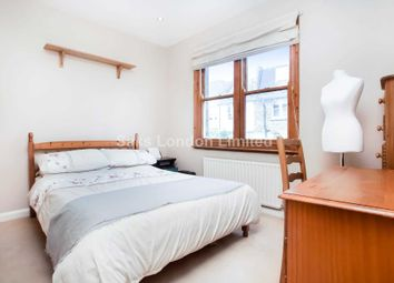 2 bed property to rent in Cowick Road, Tooting SW17