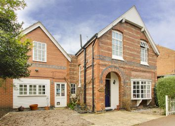 Julian Road, West Bridgford, Nottinghamshire NG2. 6 bed detached house for sale