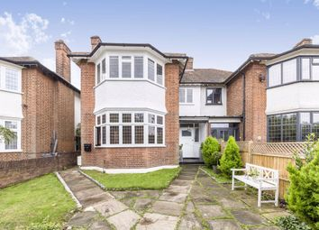 3 bed flat for sale in Upper Richmond Road West, Richmond TW10