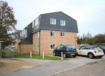 2 bed flat to rent in The Glebe, Saffron Walden CB11