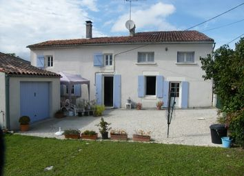 Thumbnail 3 bed property for sale in St Jean D'angely, Poitou-Charentes, France