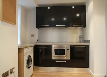 Thumbnail 1 bedroom flat to rent in West Point, Wellington Street, City Centre, Leeds