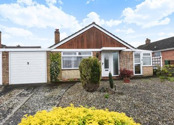 Thumbnail 2 bed bungalow for sale in Kennington, Oxford