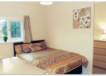 Thumbnail 5 bedroom shared accommodation to rent in Amersall Crescent, Scawthorpe, Doncaster