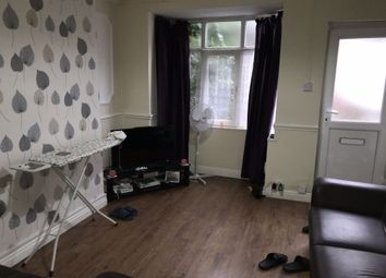 2 bed shared accommodation to rent in Carisbrooke Avenue, Manvers Street, Hull HU5