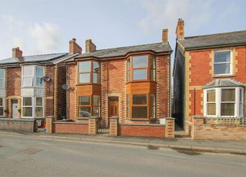 Thumbnail 3 bed detached house to rent in Castle Road, Builth Wells, Powys