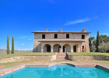 Thumbnail 4 bed country house for sale in 01960, Project And Building Land In Tuscany And Umbria, Italy