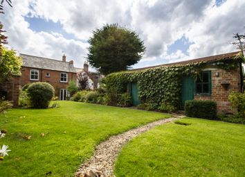 Thumbnail 4 bed cottage to rent in London Street, Faringdon