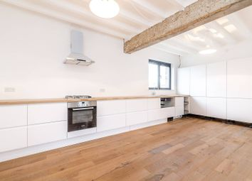 Thumbnail 4 bed flat to rent in Old Road, Lewisham