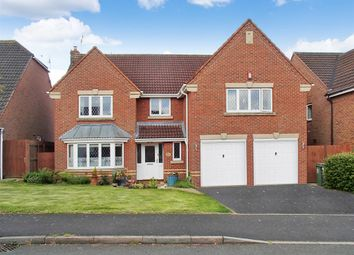 Thumbnail 5 bed detached house for sale in Defford Close, Redditch