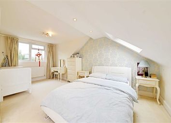 Thumbnail 2 bed flat for sale in Park Road, Hendon, London