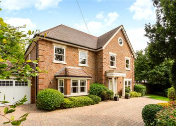 Fortyfoot Road, Leatherhead, Surrey KT22. 5 bed detached house