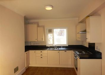 Thumbnail 4 bed property to rent in Oxford Street, Wellingborough