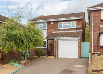 Thumbnail 4 bed detached house for sale in Dorriens Croft, Northchurch, Berkhamsted