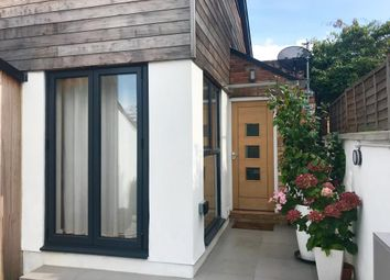 Thumbnail 3 bed detached house to rent in Henley-On-Thames, South Oxfordshire