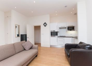 Thumbnail 1 bed property to rent in Battersea Rise, London