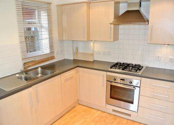 1 bed flat to rent in Balfour Road, Weybridge KT13