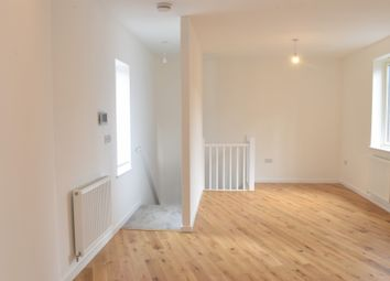 Thumbnail 2 bed flat to rent in Fairway View, Stockport, Cheshire