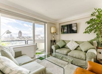 Thumbnail 1 bed flat to rent in Newton Street, Holborn