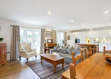 Thumbnail 2 bed flat to rent in Windsor Lane, Burnham, Slough