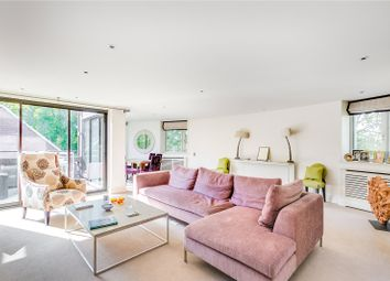 Thumbnail 2 bedroom flat for sale in Crown Reach, 145 Grosvenor Road, London