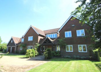 Thumbnail 5 bed detached house to rent in Tonbridge Road, Bough Beech, Edenbridge