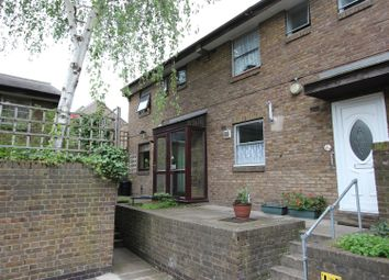Thumbnail 3 bedroom town house to rent in Rum Close, London