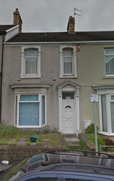 Thumbnail 5 bedroom terraced house to rent in Victoria Terrace, Brynmill, Swansea
