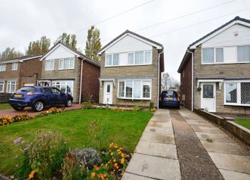 Thumbnail 3 bed detached house for sale in Hilltop Avenue, Scunthorpe