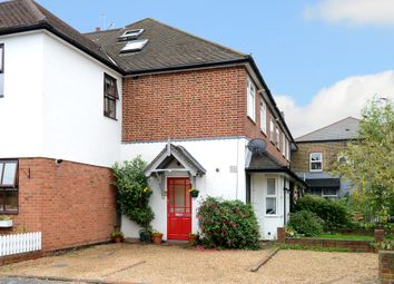 Thumbnail 2 bed maisonette to rent in Summer Road, Thames Ditton