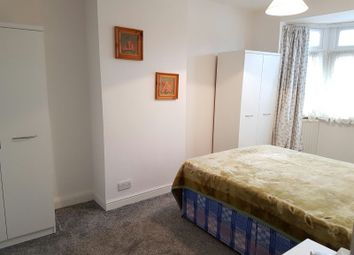 Thumbnail Room to rent in Rochester Avenue, Feltham