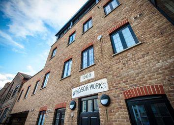 Thumbnail 2 bedroom flat to rent in Venn Street, London