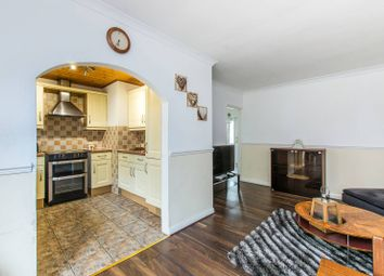 Thumbnail 4 bed property for sale in Maple Close, Clapham Park