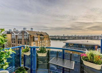 Jardine Road, Wapping, London E1W. 1 bed flat