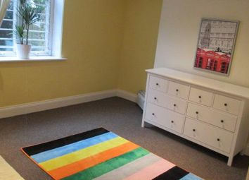 Thumbnail Studio to rent in Oak Villas, Manningham, Bradford
