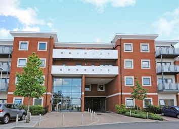Thumbnail 1 bed flat to rent in Heron House, Rushley Way, Reading