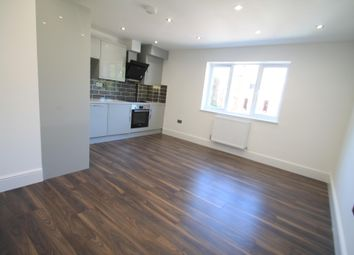 Thumbnail 2 bed flat to rent in Napier Road, Luton