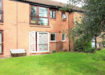 Thumbnail 2 bed flat for sale in Bruntile Close, Farnborough