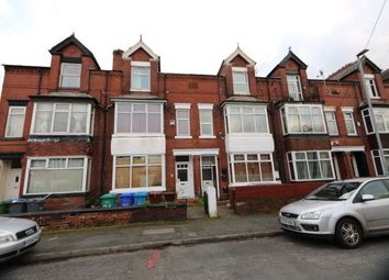 3 bed flat to rent in Milton Grove, Manchester M16