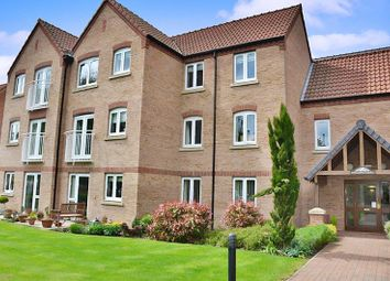 Thumbnail 2 bed flat for sale in Swallows Court II, Spalding