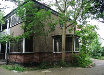 Thumbnail 3 bed flat to rent in Ground Floor, Donnington Road, Willesden